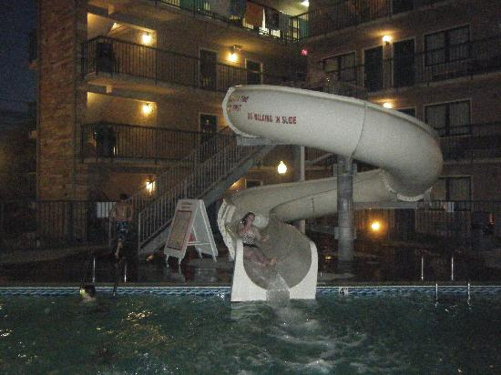 Willow Brook Lodge: Slide
