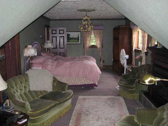 Markham House: The amazing Garden Room
