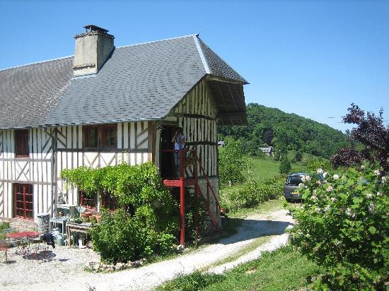 La Maison de Christelle: The old farm