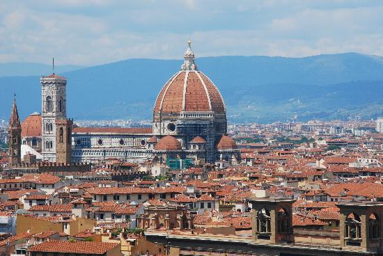 Villa Covacchia / Castello Apartments: Brunelleschi's dome