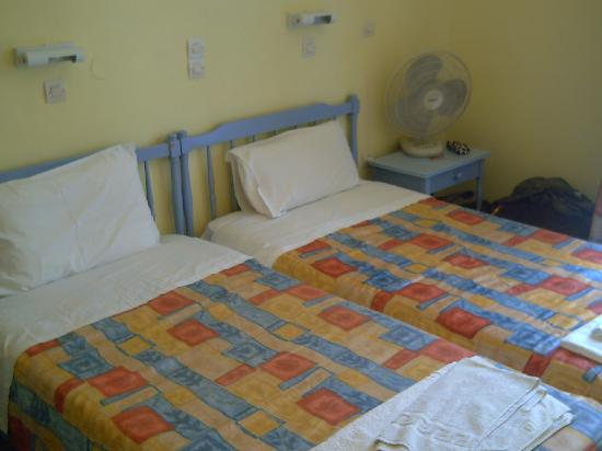 Hotel Astoria Sidari: our small room