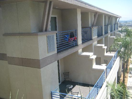 Best Western Plus Marina Gateway Hotel: Balcony rooms.