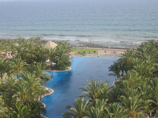 Costa Meloneras, Espanha: piscina una  de  ellas