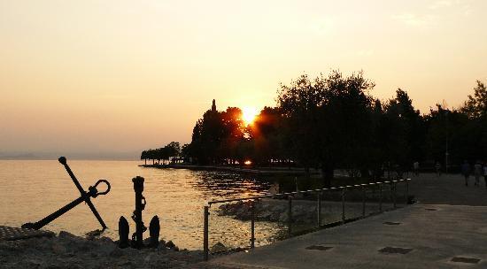 Hotel al Sole: BARDOLINO SUNSET 2