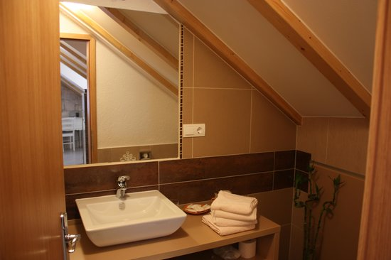 Vanjaka B&B: Bathroom