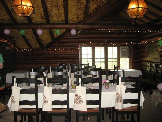 Twin Owls Steakhouse : Twin Owls - The Loft