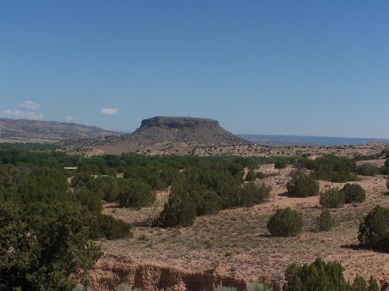 Rancheros de Santa Fe Campground: Road to Los Alamos
