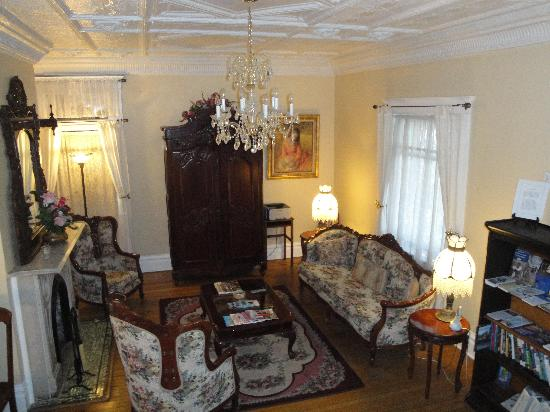 Bottger Mansion of Old Town: Inside