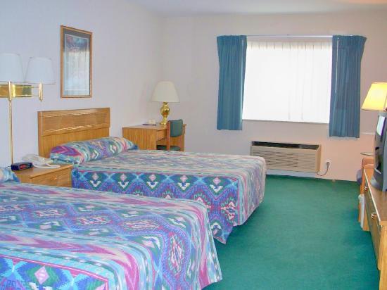 Americas Best Value Inn - Tahquamenon Country: Very clean rooms