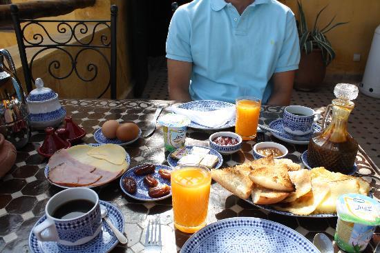 Riad Le Calife: Breakfast