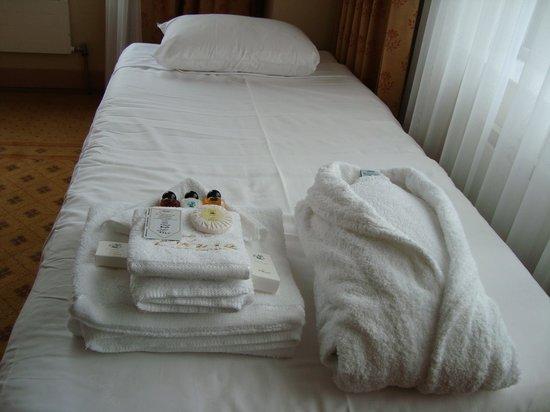Hotel Okura Amsterdam : アメニティとベット