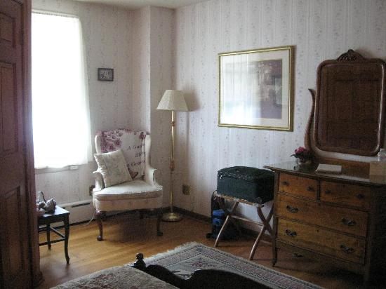 creepy basement bedroom. Cashtown Inn  Room 4 Creepy Basement Picture Of TripAdvisor