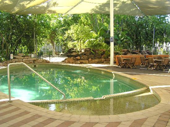 Mercure Kakadu Crocodile Hotel: Pool 2