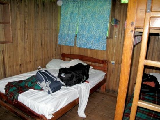 Amarongachi Jungle Eco-Lodge : another view of our room.