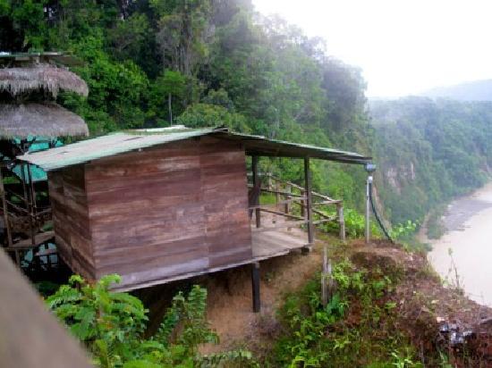 Amarongachi Jungle Eco-Lodge : a private room on the edge, remember: no private bathroom.