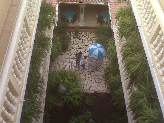 Hotel Casa Catarina: View of inner courtyard from penthouse floor