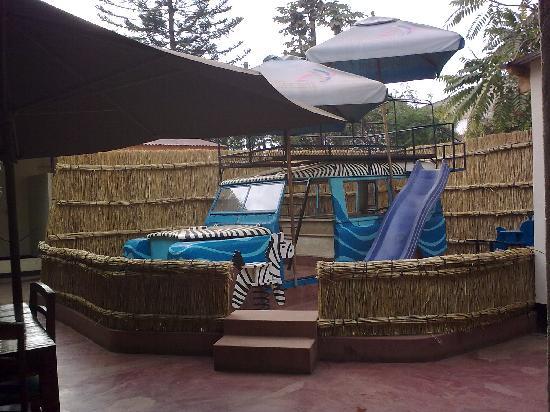 Kiboko Town Hotel Restaurant: Playground at Kiboko Town Hotel