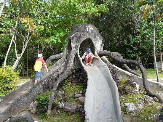 Hotel Ibis Yogyakarta Malioboro: Playground in Gembira Loka Zoo