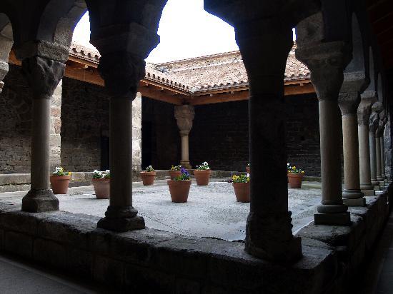 Vic, Spanyol: Monastir de Sant-Pere de Casserres