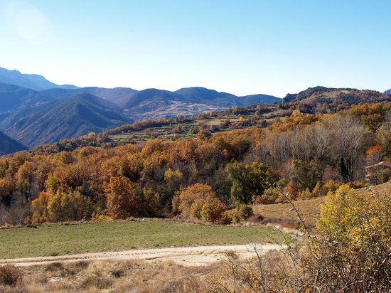 Katalonia, Hiszpania: Scenery on the road to Lles de Cerdanya