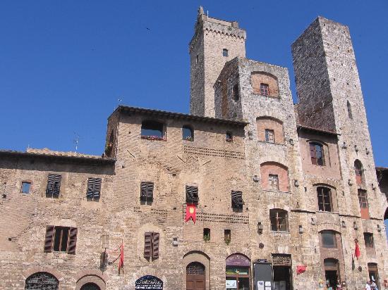 Tuscan Sunshine Tours: San Gimingano