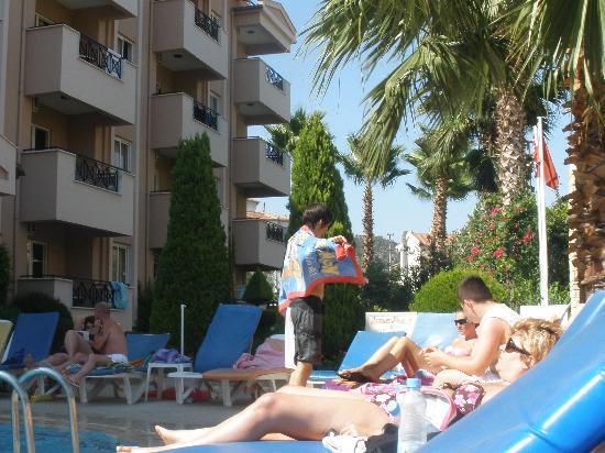 Club Sunsmile: Great fun pool