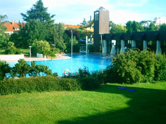 Mercure Hotel Bad Duerkheim an den Salinen: piscine le matin