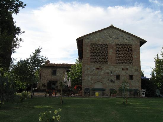 Podere Montagione: B&B accomodations in foreground, Main house in background