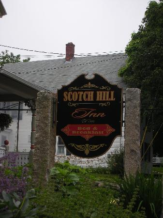 Scotch Hill Inn: location