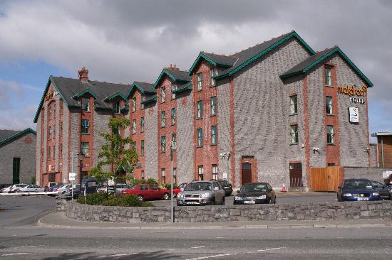 Oranmore, Irlanda: Hotel exterior
