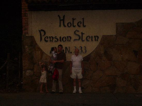 Hotel Stein Colonial: Part of our party outside the gates of the Hotel