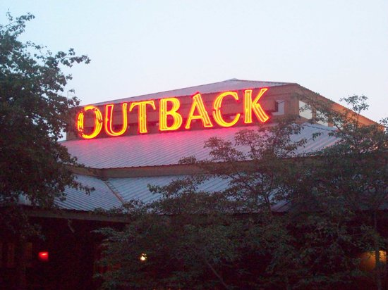 Outback Steak & Oyster Bar: Front of the restaurant.