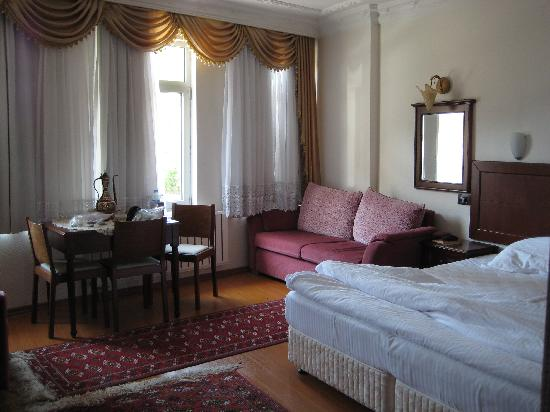 Ada Hotel Istanbul: Our upgraded suite