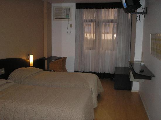 Premier Copacabana Hotel: habitacion doble