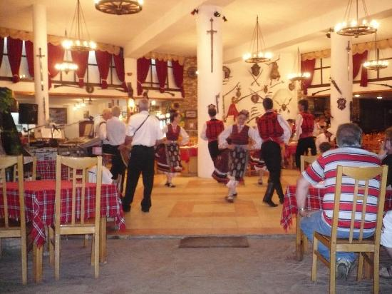 Hotel Erma: traditional party