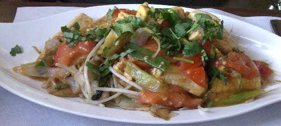 An Choi Asian Contemporary Cuisine : Tomato tofu chow fun (special request)
