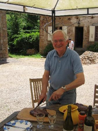 Chateau de Balleure: Pierre carving up lunch