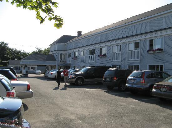 SeaCoast Inn: Vue de la facade