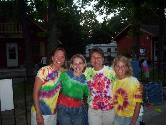 Foxfire Resort: Models wearing tye-dye done @ Foxfire!