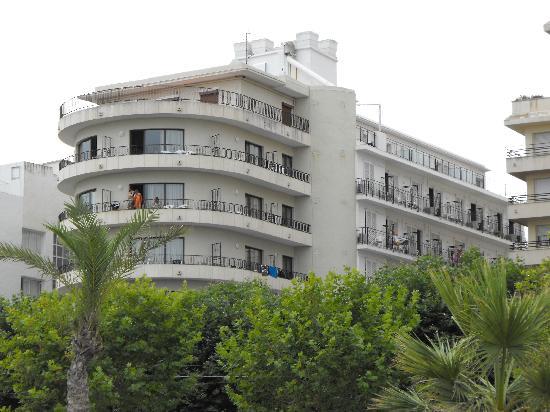 Haromar Hotel: Hotel Haromar, Calella - front view