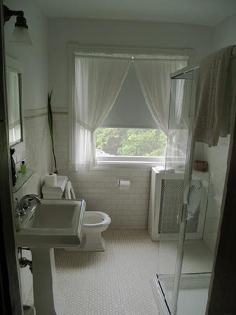 أورينت إن: Bathroom