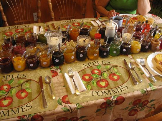 White's Bed & Breakfast: 37 types of jams served for breakfast