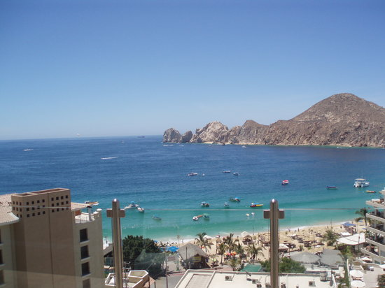 Cabo San Lucas, Mexico: View of Medano Beach above Baja Cantina @ The Cabo Villas