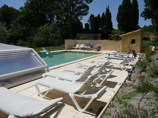 Chateau Juvenal: The pool