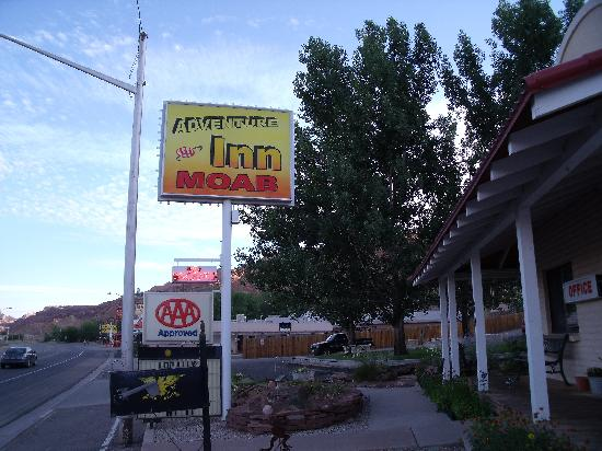 Adventure Inn & Motel: Adventure Inn