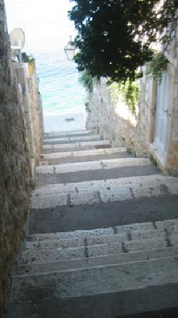 Jagoda and Ante Bracanovic House: A section of the stairs, but they are everywhere on Hvar and not bad.
