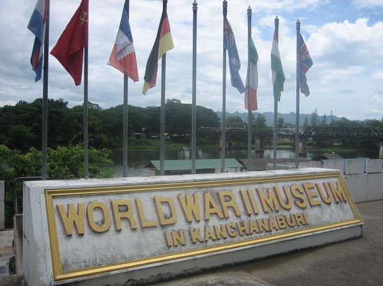 Bridge Over the River Kwai : Kanchanaburi War Museum