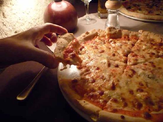 Ciro: Pizza incredibly wreck