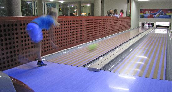Szindbad Wellness Hotel: bowling
