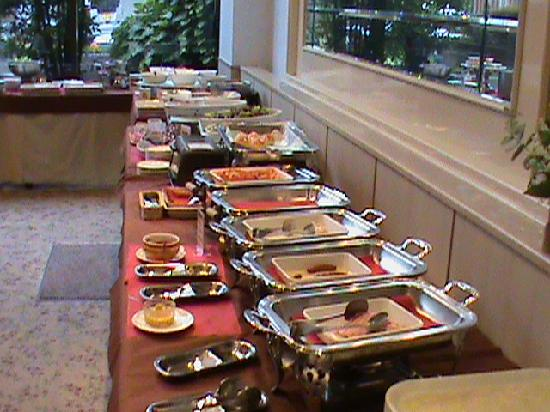 Koriyama Washington Hotel: Half the Breakfast Buffet